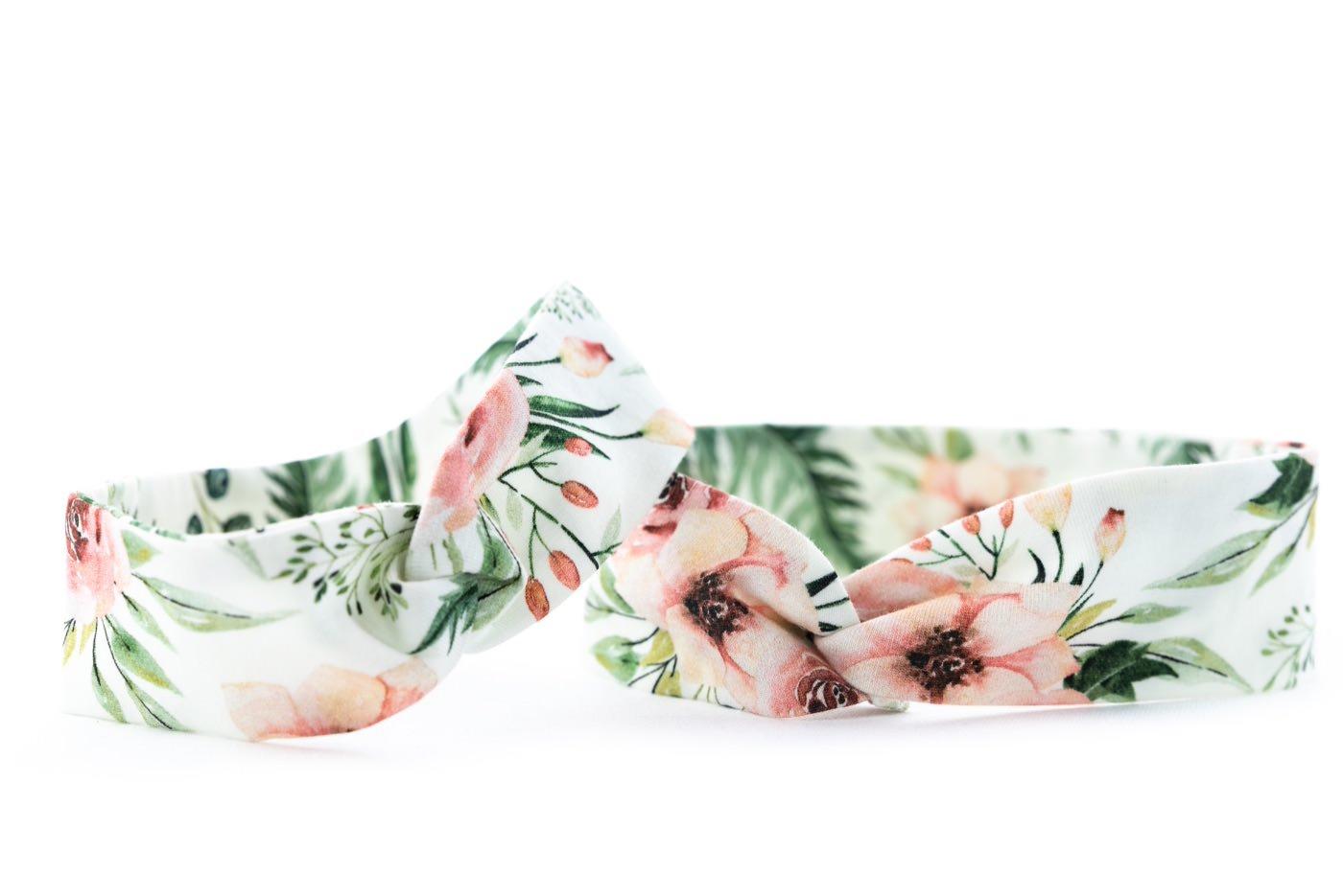 Tenká čelenka s růžovými květy - detail